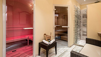 [Translate to Englisch:] Wellness Suite ca. 80 m2